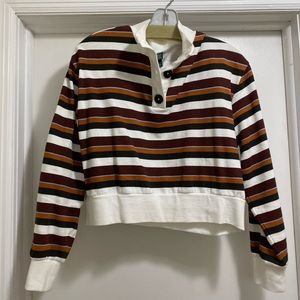 """Cropped """"quarter zip"""" sweatshirt with buttons"""